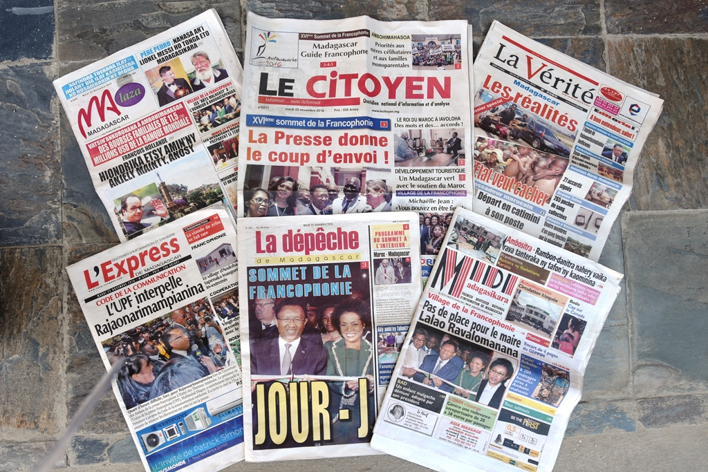 journaux-22-nov-2016-francophonie-_-by-layandri